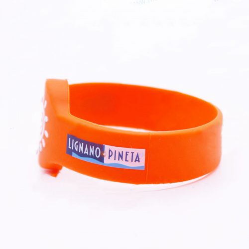 buy-printed-rfid-silicone-wristbands-for-child-1