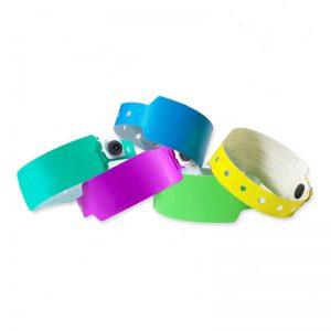 easy-to-use-adjustable-rfid-plastic-wristband-1