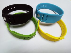 silicone bracelet with mini card8